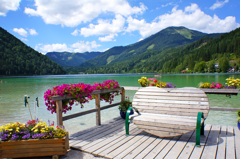 Az utóbbi időben nagy örömömre a magyar utazók között is elterjedt az a szemléletváltás, hogy a tengerparti napozás helyett sokan aktív pihenéssel töltik el a s...