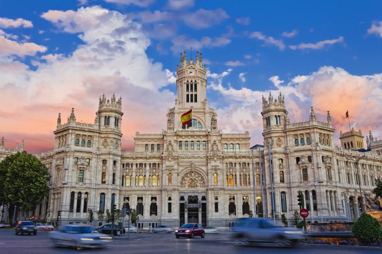 Spanyolország Európa egyik legkedveltebb úti célja, ahogy az enyém is. Ugyan az országba látogató turistáknak rengeteg lehetősége van, összeszedtem a személyes ...