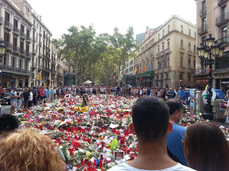 Szomorú, mégis így van: az elmúlt években többször is terrortámadások hírétől visszhangzott a sajtó. Legutóbbi alkalommal Barcelona városában történt tragédia. ...